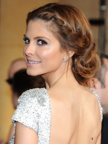 Maria Menounos arrives on the red carpet for the 86th Academy Awards on March 2nd, 2014 in Hollywood, California. AFP PHOTO / VALERIE MACON        (Ph...