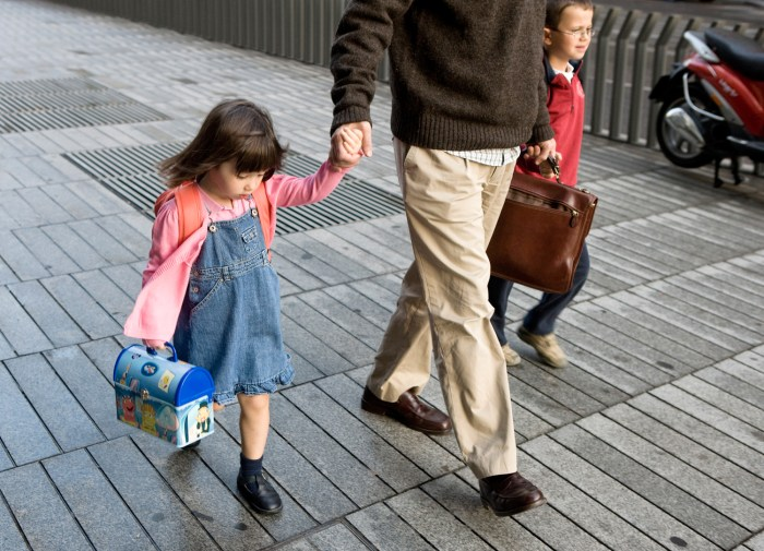 children, school, walk, parent, father, drop-off