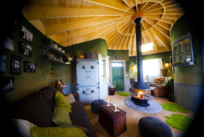 The Irish Cottage treehouse built by Nelson Treehouse and Supply in Huntington, Calif., has a fireside lounge with contemporary furnishings.