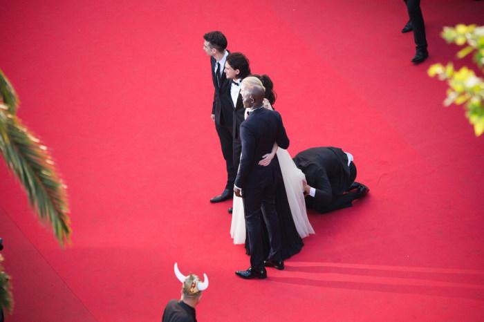 IMAGE: Man under Ferrera's gown