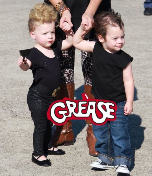19 of the cutest family theme costumes for halloween for Cute boy girl halloween costume ideas