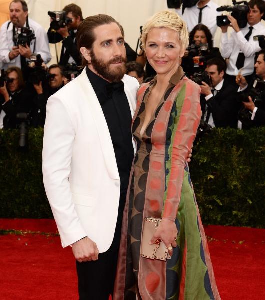Jimmy Fallon, Jake Gyllenhaal go to water war on 'Tonight ... Jake Gyllenhaal's