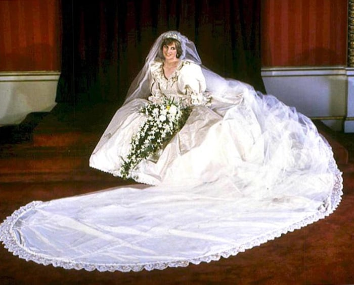 AFP Today Diana Princess Of Wales In Her Wedding Dress