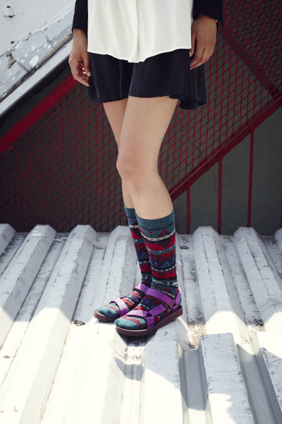 Socks With Sandals Fall Fashion Do Or Don T Even Think
