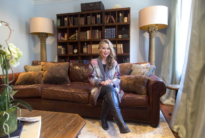 At home with today inside tara lipinski 39 s 39 cozy 39 living for Amy ruth s home style southern cuisine