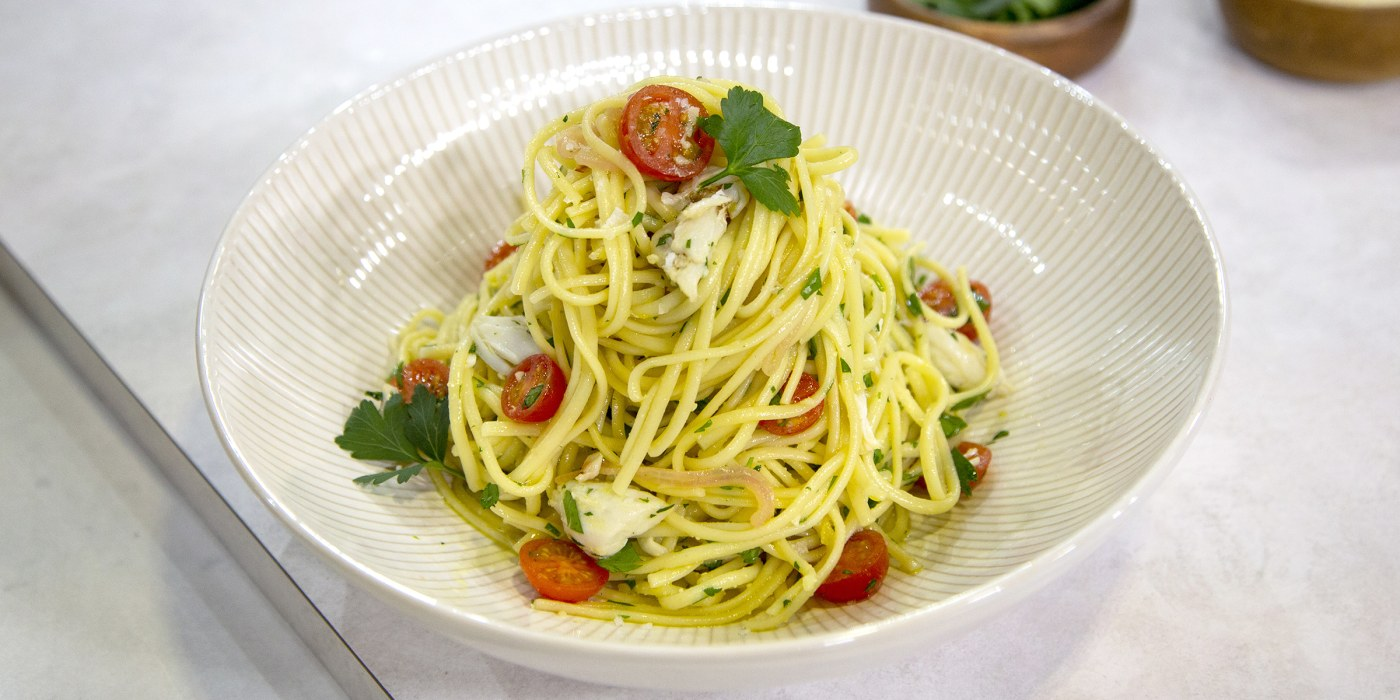 Linguine with Crab and White Wine