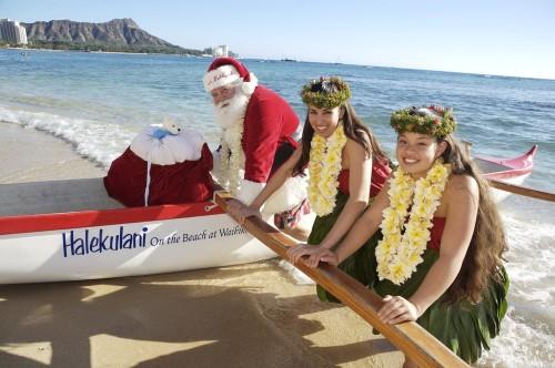 Image: Santa in Hawaii