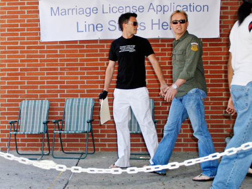 "Jason Dottley and his former husband Del Shores, pictured in 2008 when they obtained their marriage license.  MAVRIXPHOTO.COM Exclusive!! Upcoming LOGO network series ""Sordid Lives"" star Jason Dottley and writer/director Del Shore..."