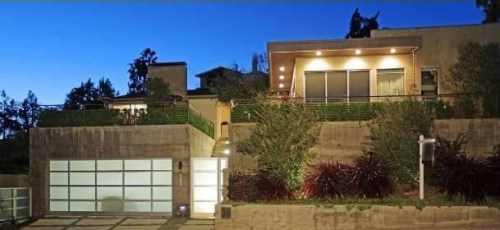 Dennis Quaid bought this $3.1 million Pacific Palisades home for his soon-to-be ex-wife and their 5-year-old twins.