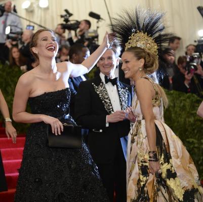 Image: Jennifer Lawrence and Sarah Jessica Parker