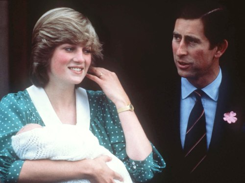 LONDON, ENGLAND - JUNE 22:  Diana, Princess of Wales and Prince Charles, Prince of Wales leave St. Mary's Hospital in London with baby Prince William ...