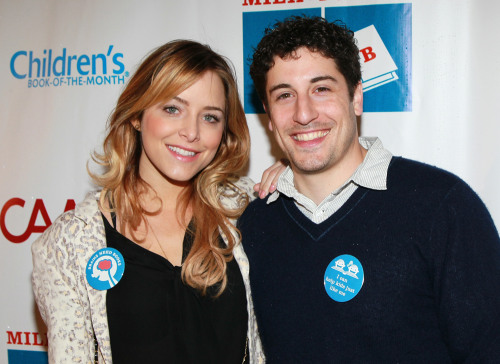 Jenny Mollen and Jason Biggs in 2011.