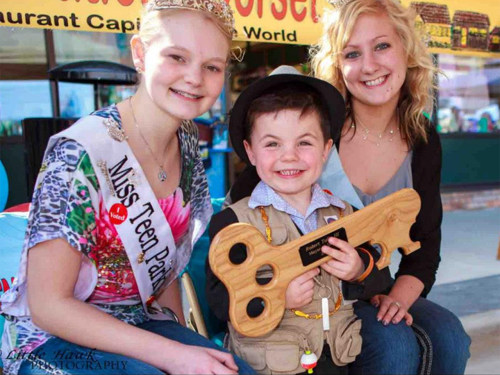 Bobby Tufts, the 4-year-old honorary mayor of Dorset, Minn., was given an oak plaque symbolizing the key to the city.
