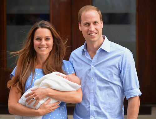 (FILES) - A picture dated July 23, 2013 shows Britain's Prince William, Duke of Cambridge, and his wife Catherine, Duchess of Cambridge, showing their...