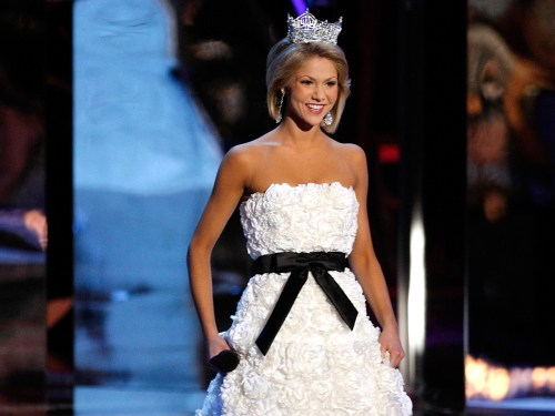 LAS VEGAS - JANUARY 24:  Miss America 2008 Kirsten Haglund appears during the 2009 Miss America Pageant at the Planet Hollywood Resort & Casino on Jan...