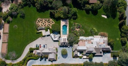 Bob Hope's Toluca Lake home is listed for $27.5 million.