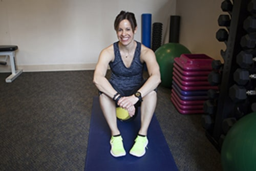 jenna wolfe, jenna weekly fit tip, office workout, exercise for the office, desk exercise