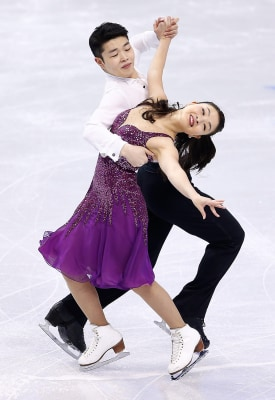 BOSTON, MA - JANUARY 10:  Maia Shibutani and Alex Shibutani skate in the short dance program during the 2014 Prudential U.S. Figure Skating Championsh...