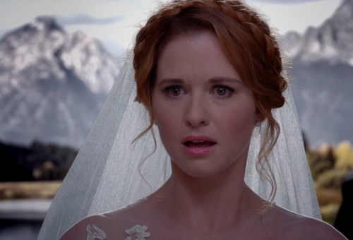 "Image: Sarah Drew as April on ""Grey's Anatomy"""