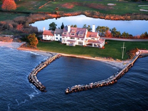 The former beachfront retreat of Katharine Hepburn is located where Long Island Sound meets the Connecticut River.