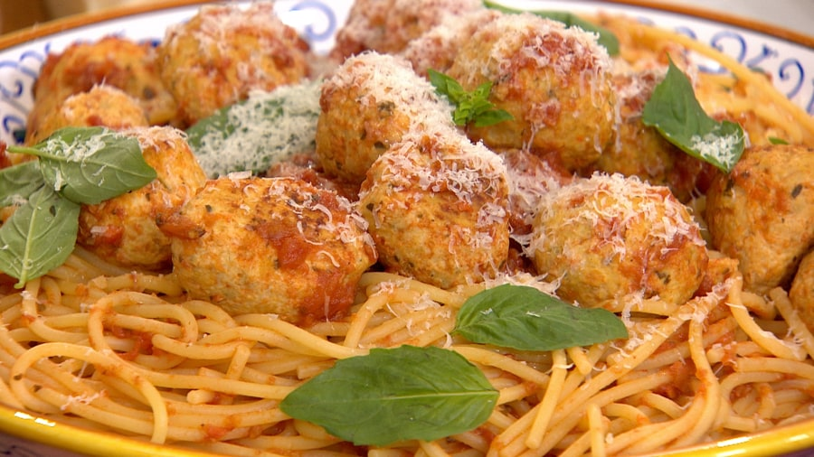 Healthy spaghetti with meatballs pasta under 500 calories today make healthy spaghetti with turkey meatballs forumfinder Image collections