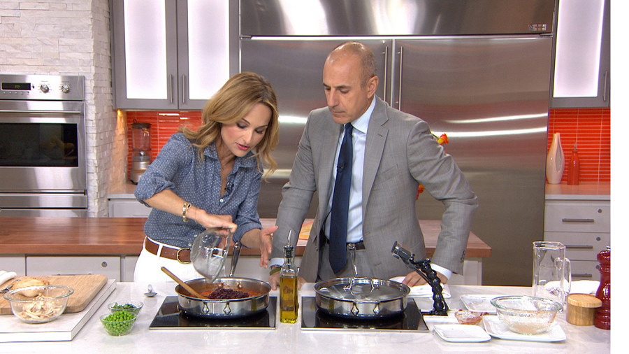 Giada De Lauiis Makes Her Hearty En Stew