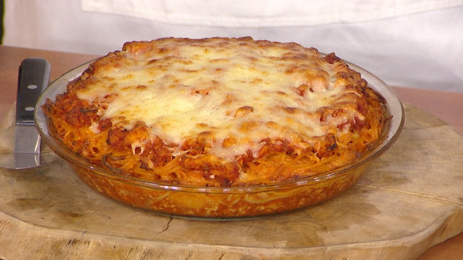 Spaghetti pie is a fun way to make dinner with leftovers for later spaghetti pie recipe adam richman bakes a family dinner dream forumfinder Image collections