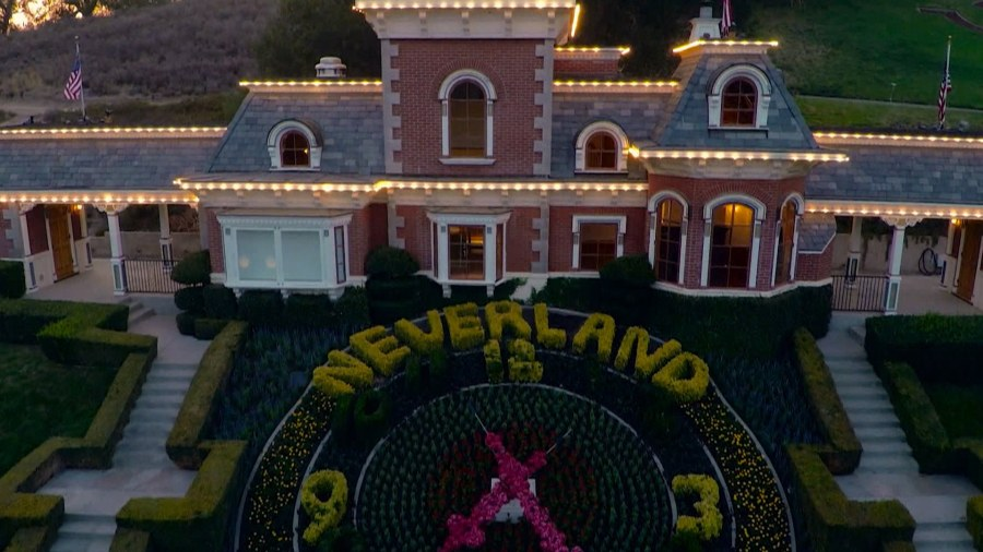 Michael jackson 39 s neverland ranch is back on the market for Michael jackson house for sale