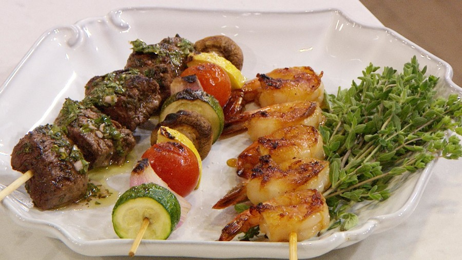 recipe: easy steak and shrimp kabobs [32]