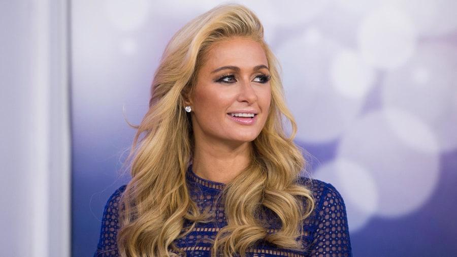 Paris Hilton Ora
