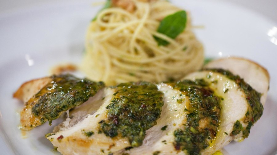 Make pesto-glazed chicken breasts in 20 minutes, the Curtis Stone way