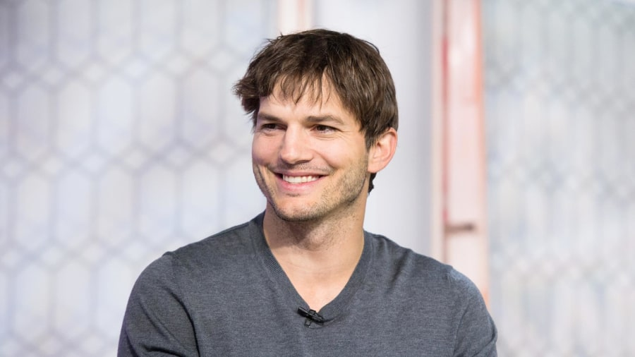 A boy for Ashton Kutcher and Mila Kunis? Kutcher talks ... Ashton Kutcher