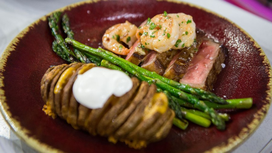 Surf And Turf For Two: Make This Meal For Valentineu0027s Day