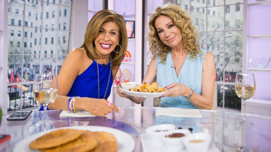 Watch KLG and Hoda try a 'crotilla' (it's a croissant crossed with a tortilla)