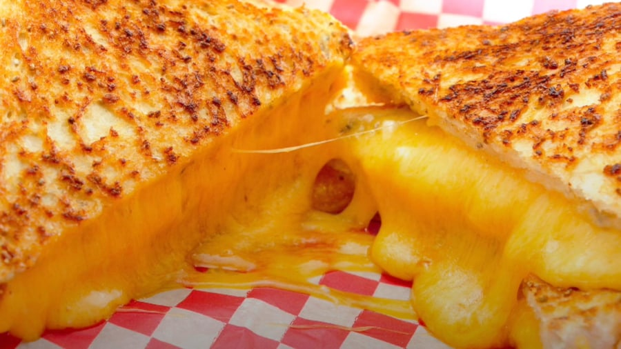 8 tips for making the perfect grilled cheese sandwich ...