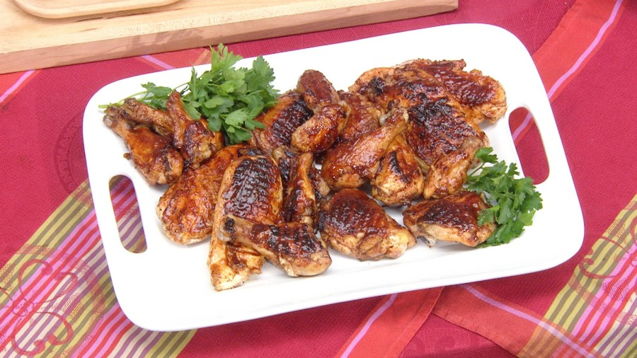 Make this barbecue grilled chicken and corn dish for Father's Day