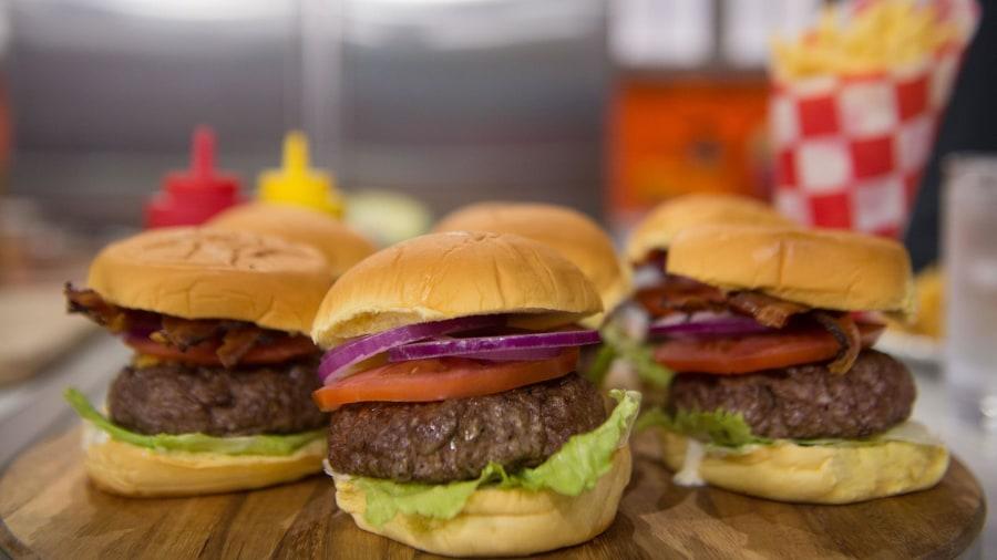 Make Tasty's cheddar bacon ranch burger bowls