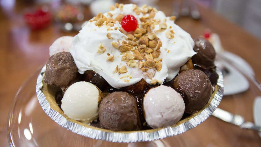 Unicorn sundaes, brownie bowls and other genius ice cream hacks