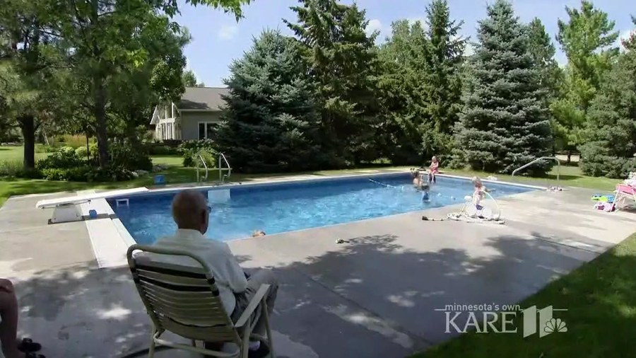 Elderly man builds pool for neighborhood children