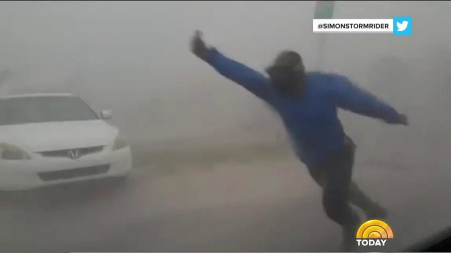 Storm Chaser Captures UNBELIEVABLE Images As Irma Makes Landfall