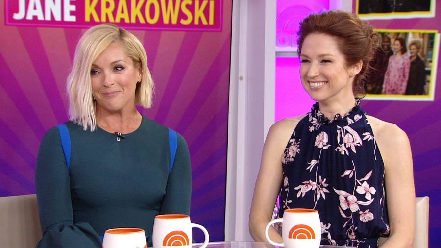 Ellie Kemper and Jane Krakowski on 'Kimmy Schmidt,' attending Emmys