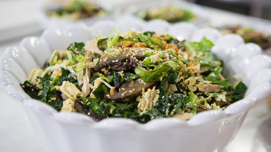 Chinese chicken salad: Learn how to make this restaurant favorite at home