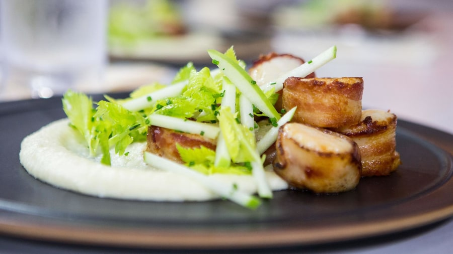 Al Roker cooks up bacon-wrapped scallops with root vegetable puree