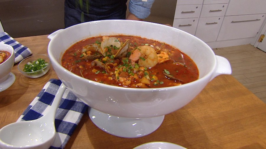 This One Pot Fish Stew Can Feed Your Whole Family And Takes Only 30