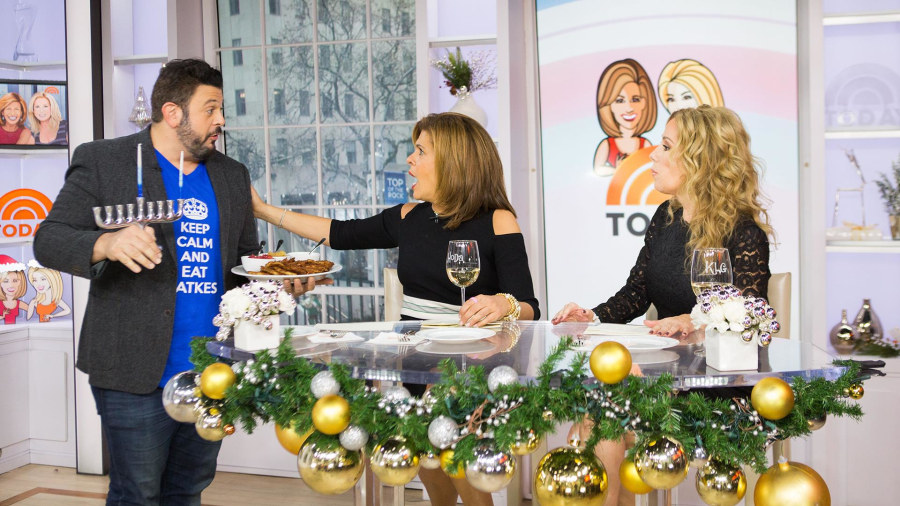 Chef Adam Richman brings Kathie Lee and Hoda latkes for Hanukkah