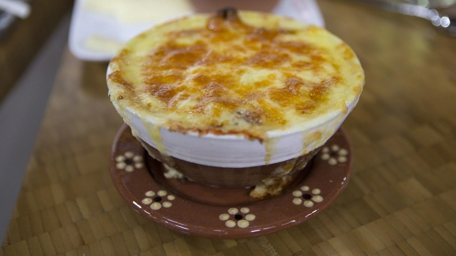 Make 3 warming winter soups: French onion, lentil, ham with kale