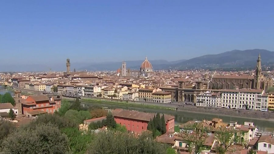 Buongiorno from Florence! Kathie Lee Gifford and Hoda Kotb explore the city's must-see spots