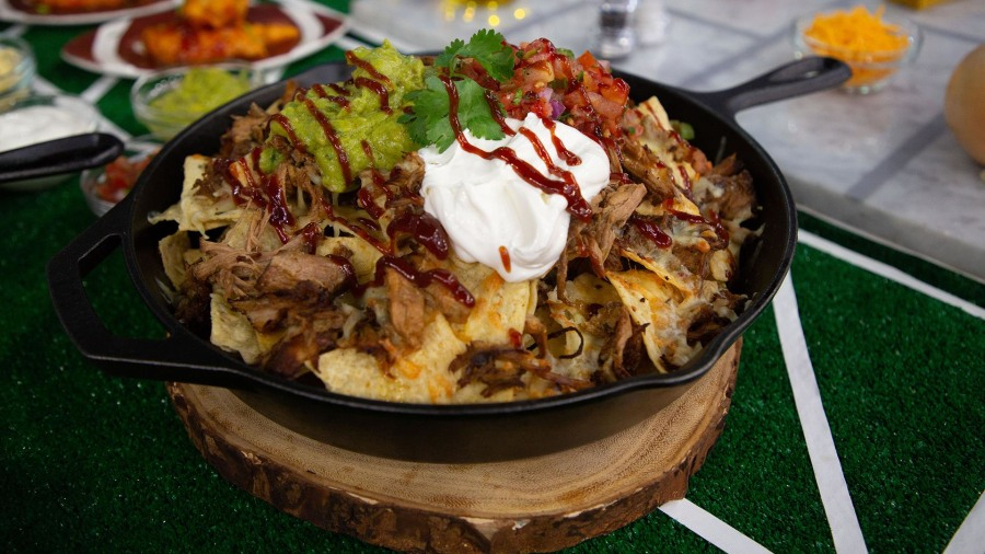 Football food: Make nachos, chili, subs and more on game night