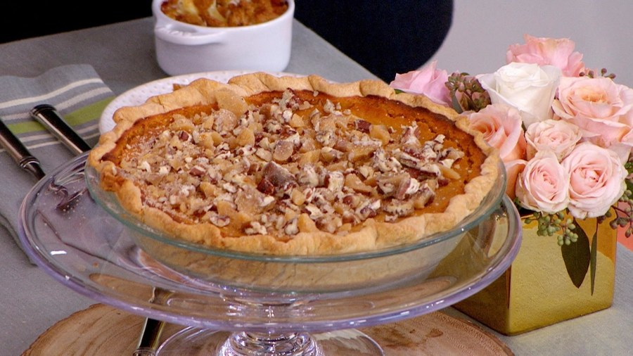 Bobby Flay's Thanksgiving sides: Make broccoli casserole, sweet potato poon, more