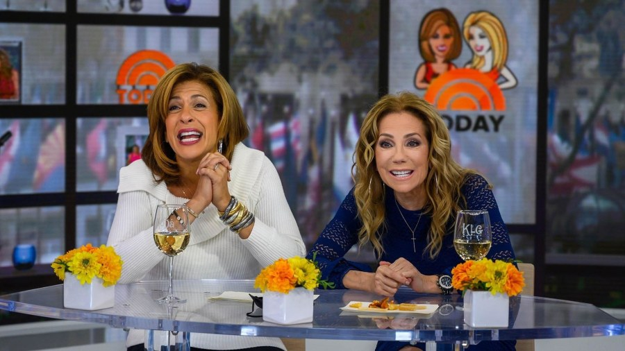 How to be the best guest at a holiday party: KLG and Hoda weigh in